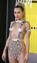 Miley Cyrus at 2015 MTV Video Music Awards in LA 8/30/2015-3