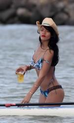 Rihanna in a Stunning Bikini at a Beach in Hawaii-4