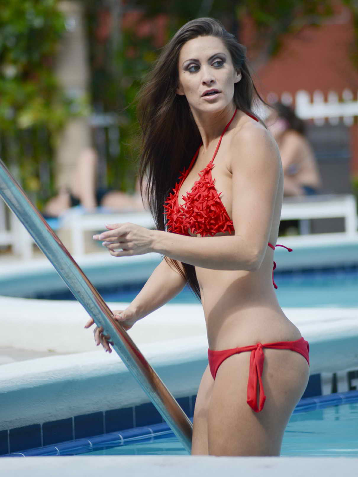 Anais Zanotti anais zanotti in red bikini in miami-7 – lacelebs.co