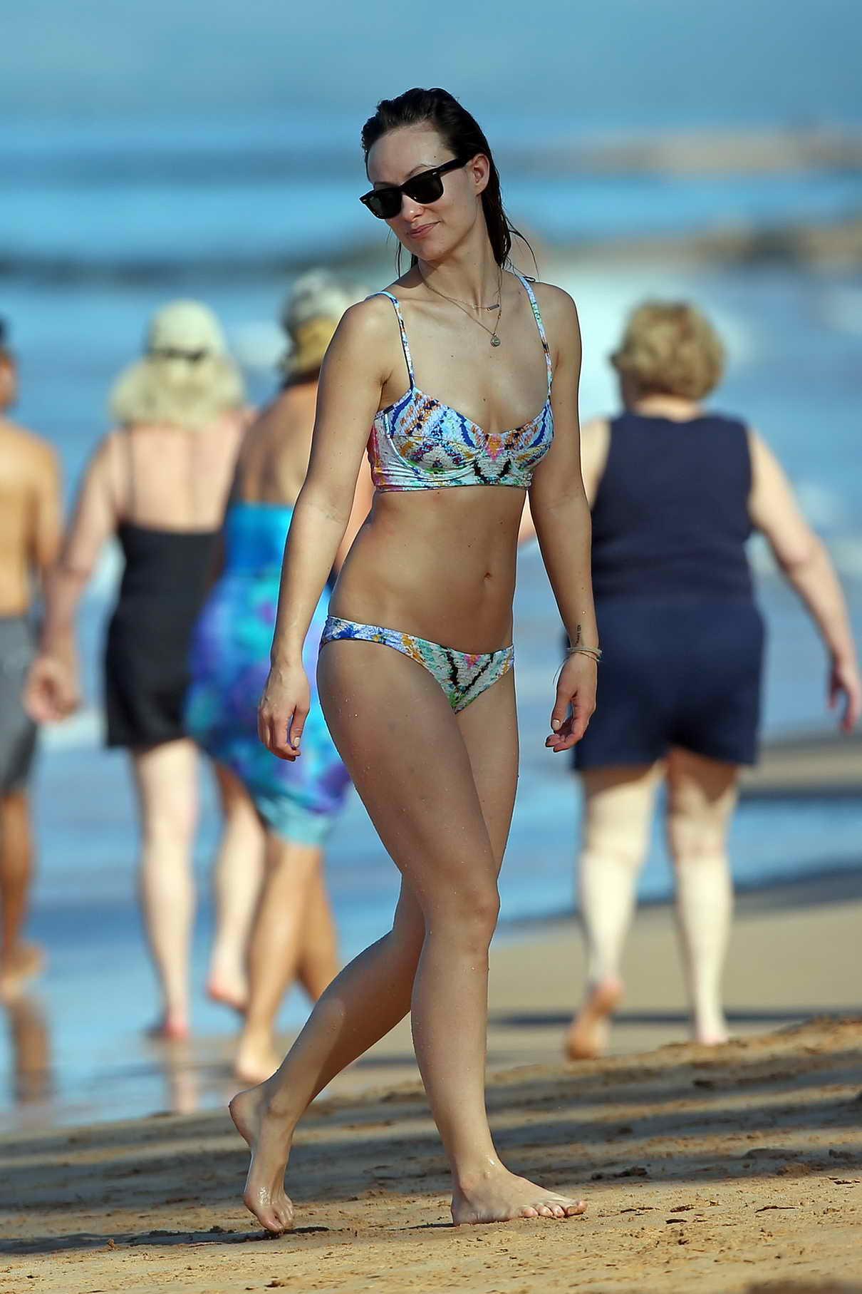 Olivia Wilde Spotted In Bikini In Hawaii 12 13 2015