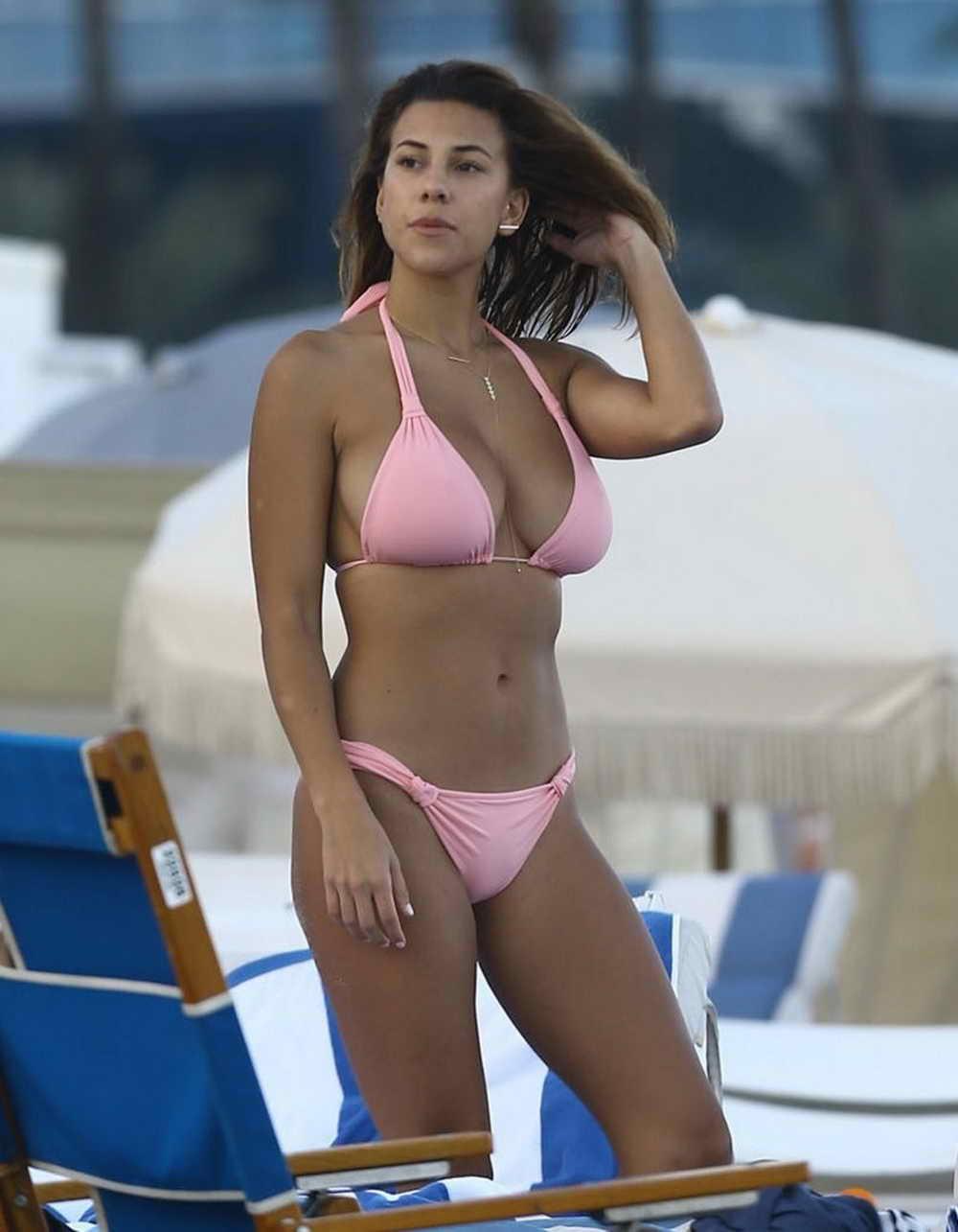 devin brugman in bikini at the beach in miami 12 30 15