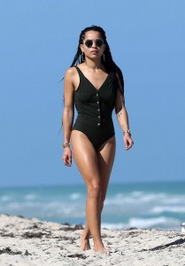 Zoë Kravitz at the Beach in Miami-6