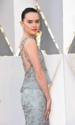 Daisy Ridley at 88th Annual Academy Awards in Hollywood 02/28/2016-3