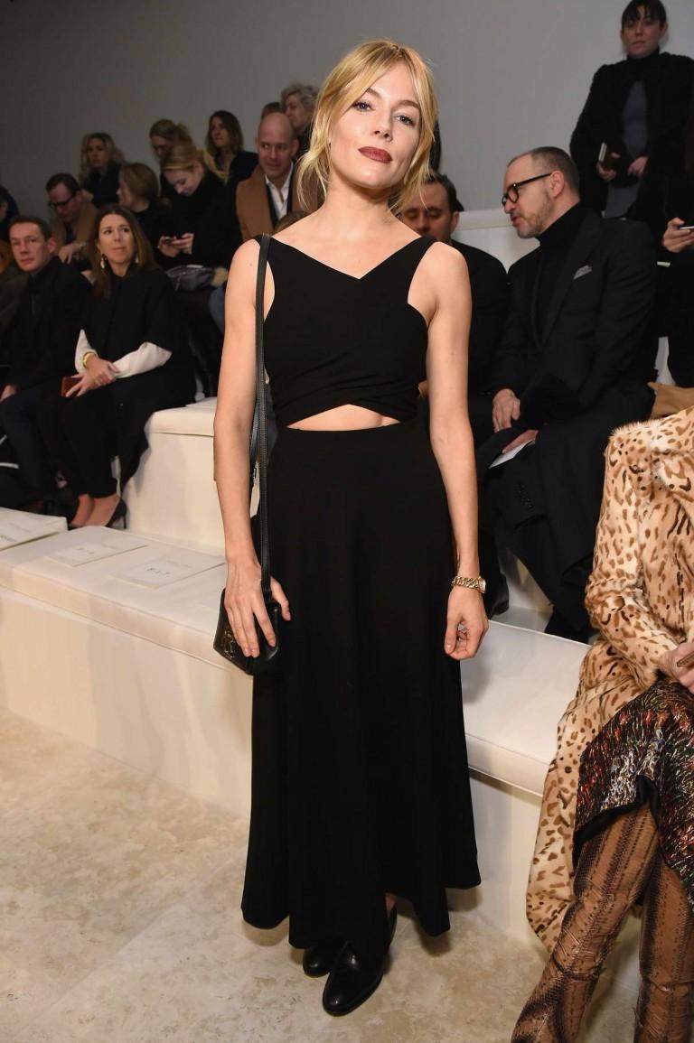 2018 Fashion Week New York Fall Winter - NYFW FW18 - Elle Latest fashion show in new york