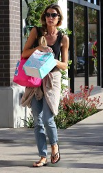 Denise Richards Shopping in Malibu 03/06/2016