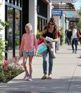 Denise Richards Shopping in Malibu 03/06/2016-3