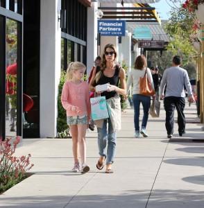 Denise Richards Shopping in Malibu 03/06/2016-4