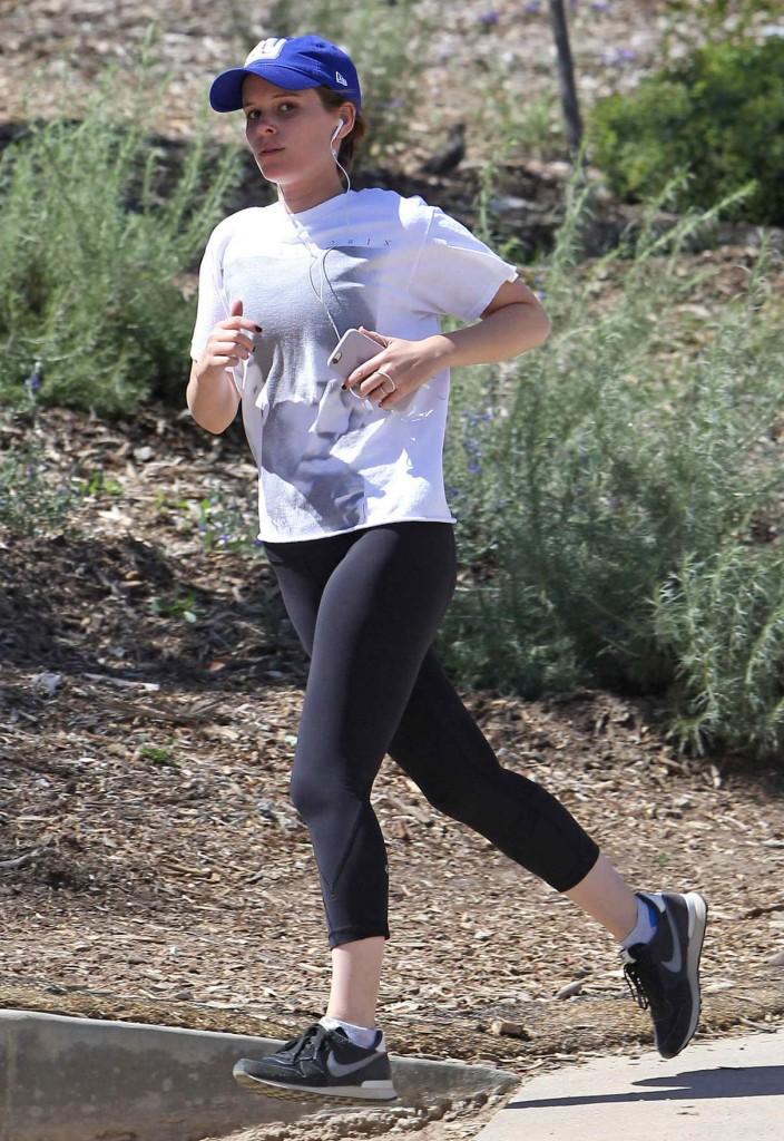 Kate Mara Jogging in Los Angeles 03/23/2016-1