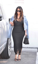 Kim Kardashian Arriving at the Studio in Van Nuys 03/25/2016-2
