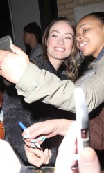 Olivia Wilde Outside the Apple Store in New York 03/17/2016-5