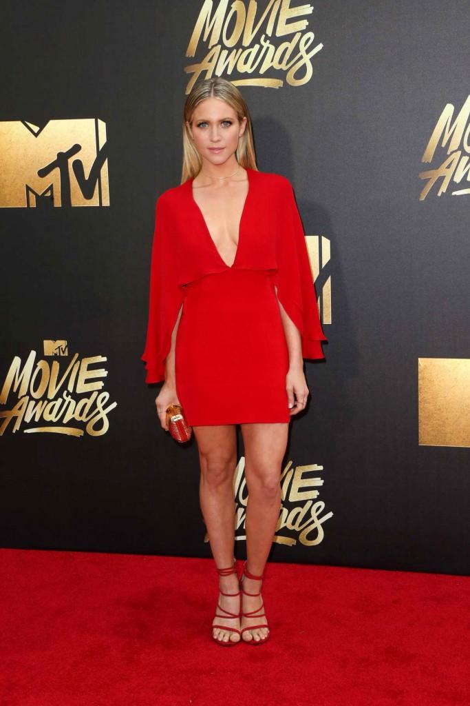 Brittany Snow at MTV Movie Awards in Burbank 04/09/2016-1