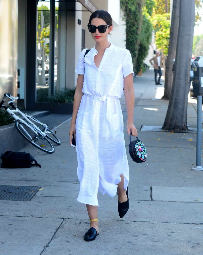 Lily Aldridge Out in Los Angeles 04/05/2016-1