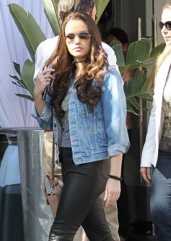 Madison Pettis Shopping in Beverly Hills 04/01/2016-1
