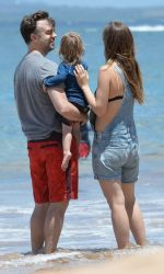 Olivia Wilde at the Beach in Hawaii 04/17/2016-6