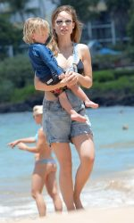 Olivia Wilde at the Beach in Hawaii 04/17/2016-7