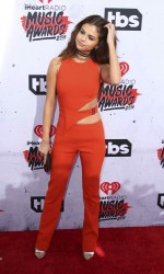 Selena Gomez at iHeartRadio Music Awards in Los Angeles 04/03/2016-4