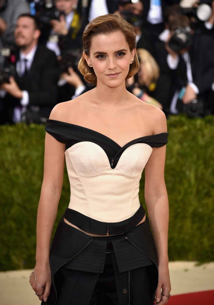 Emma Watson at the Costume Institute Gala in New York 05/02/2016-1