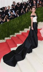Emma Watson at the Costume Institute Gala in New York 05/02/2016-2