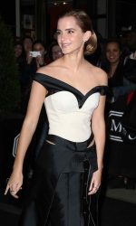 Emma Watson at the Costume Institute Gala in New York 05/02/2016-7