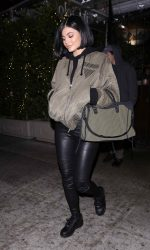 Kylie Jenner Arrives at Il Cielo in Los Angeles 05/06/2016-2