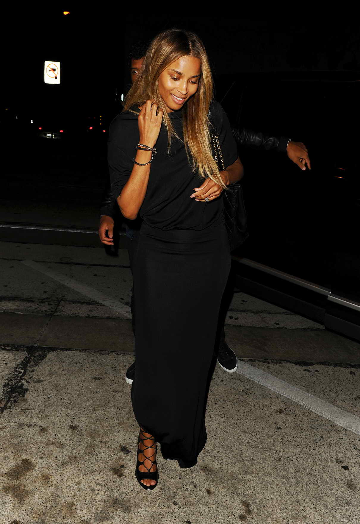 Ciara Arrives at Craig's Restaurant in West Hollywood 06/23/2016-4