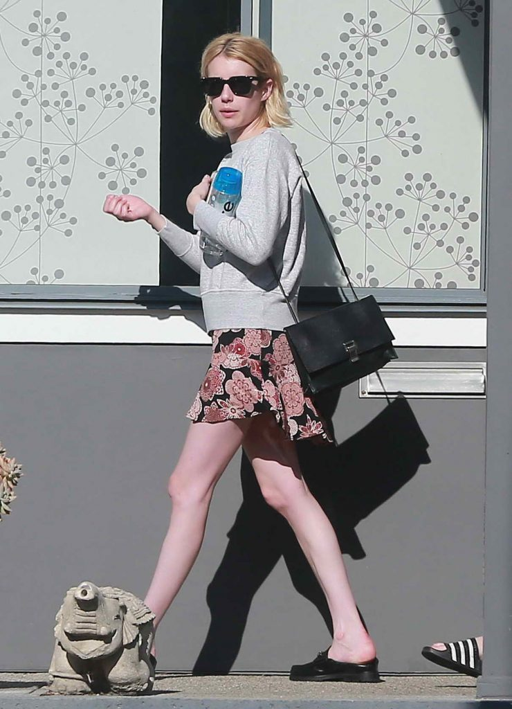 Emma Roberts Was Spotted Out in Los Angeles 06/17/2016-1