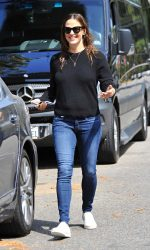 Jennifer Garner Was Spotted Out in Los Angeles 06/28/2016-2