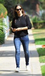 Jennifer Garner Was Spotted Out in Los Angeles 06/28/2016-3