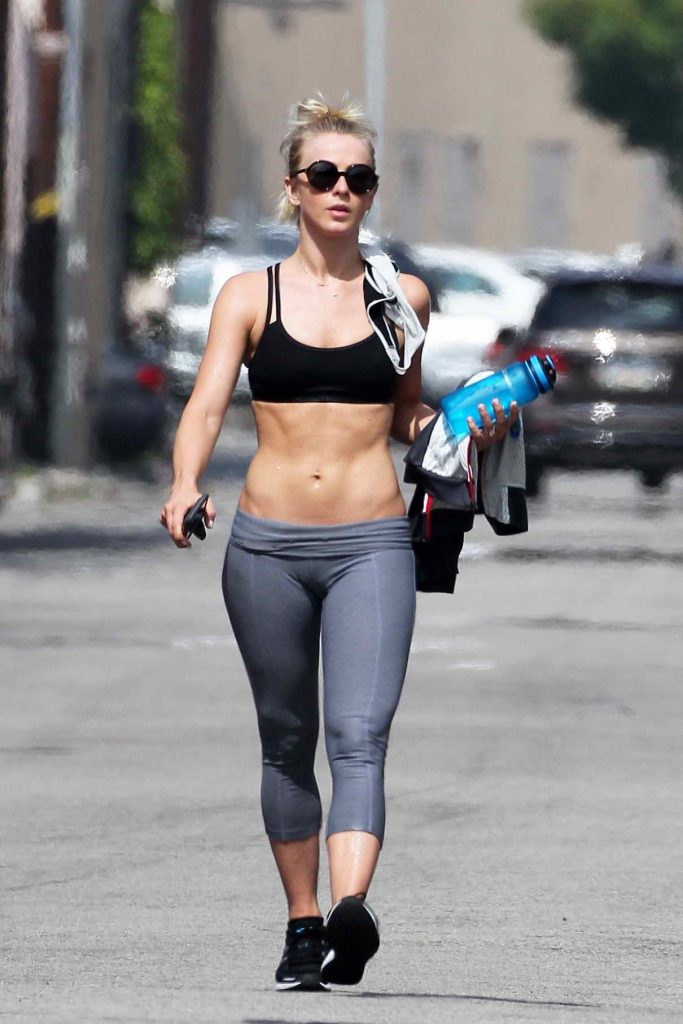 Julianne Hough Leaves the Gym in Los Angeles 06/08/2016-1