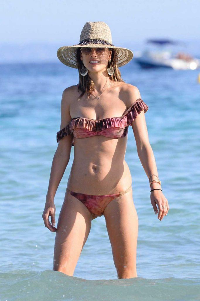 Alessandra Ambrosio in Bikini in Ibiza 07/02/2016-1