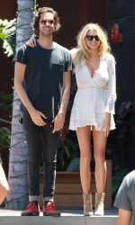 Charlotte McKinney Goes Shopping in Malibu 07/03/2016-6