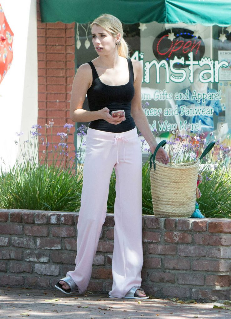 Emma Roberts on the Set of Scream Queens in Los Angeles 07/27/2016-1