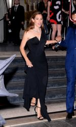Jennifer Garner Arrives at amfAR Paris Dinner at Peninsula Hotel 07/03/2016-2