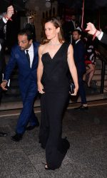 Jennifer Garner Arrives at amfAR Paris Dinner at Peninsula Hotel 07/03/2016-4