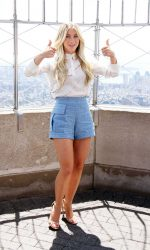 Julianne Hough at Empire State Building in New York 07/11/2016-4