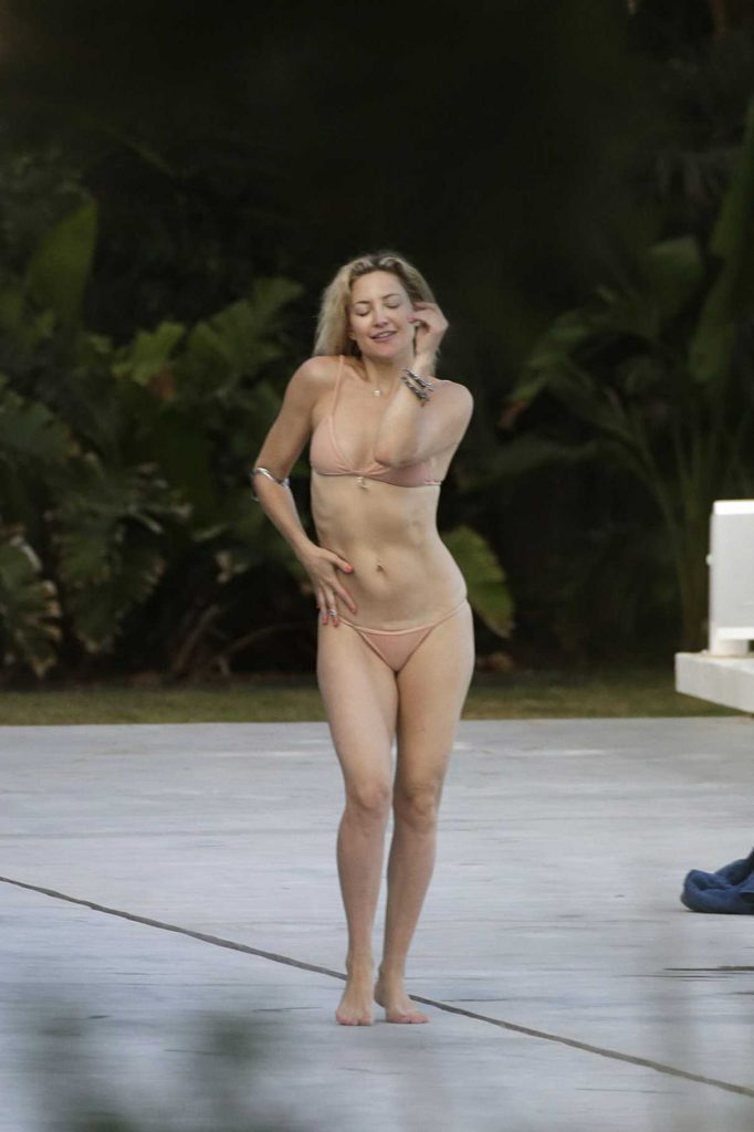 Kate Hudson in Bikini at a Pool in Ibiza 07/13/2016-1