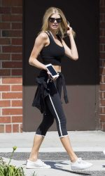 Charlotte McKinney Was Seen Out in Beverly Hills 08/04/2016-2