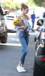 Gigi Hadid Was Seen Out in Los Angeles 08/10/2016-4