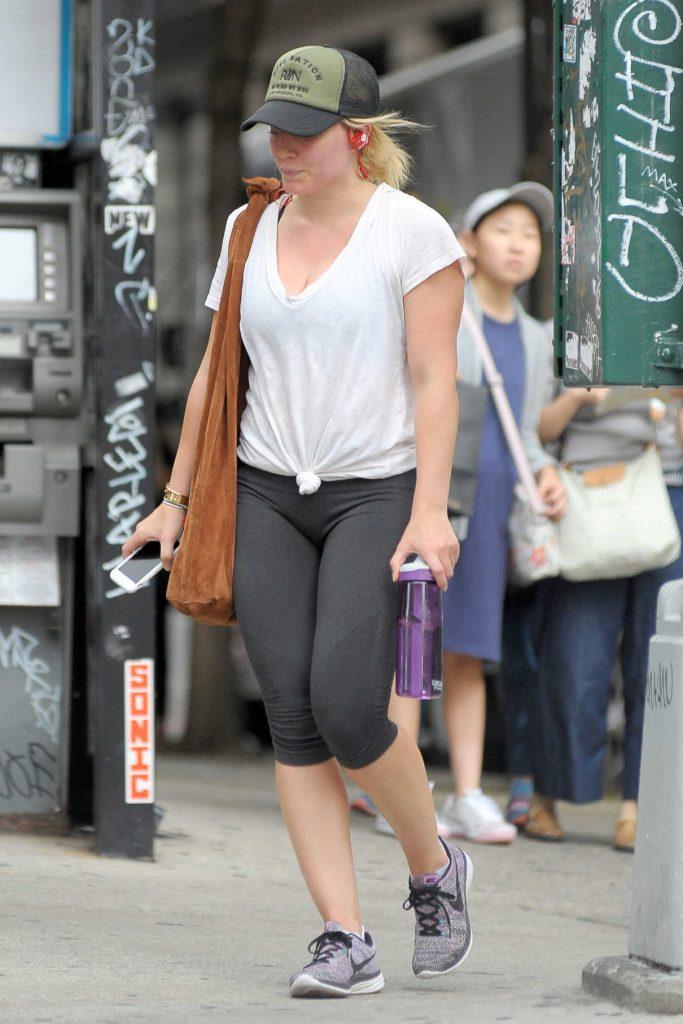 Hilary Duff Leaves the Gym in Soho, New York 08/18/2016-1