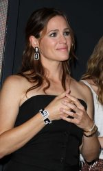 Jennifer Garner at 2016 Teen Choice Awards in Inglewood 07/31/2016-3