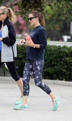 Jennifer Garner Hits the Gym in Brentwood 08/06/2016-4