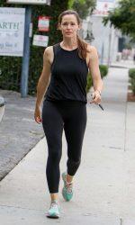 Jennifer Garner Was Seen Out in Los Angeles 08/27/2016-2
