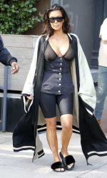 Kim Kardashian Was Spotted Out in New York City 08/30/2016-2