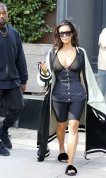 Kim Kardashian Was Spotted Out in New York City 08/30/2016-5