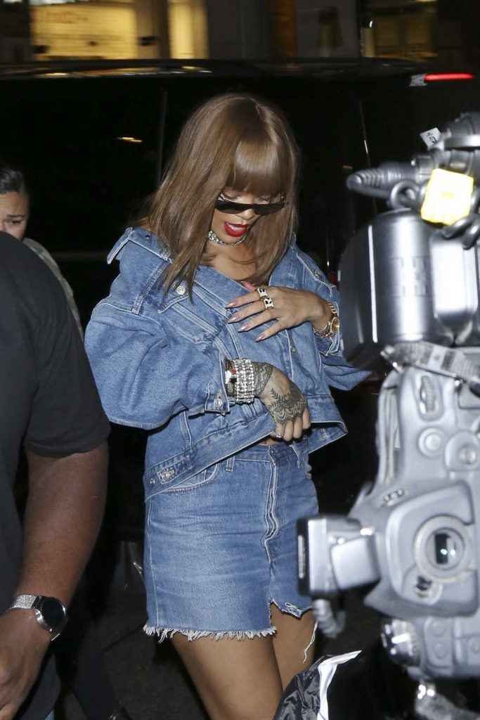 Rihanna Arrives to the Tape Nightclub in London 08/20/2016-1