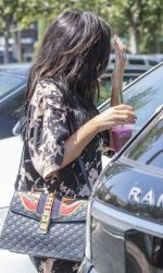 Kylie Jenner Goes for Pizza With Jordyn Woods at Fresh Brothers in Calabasas 09/02/2016-6