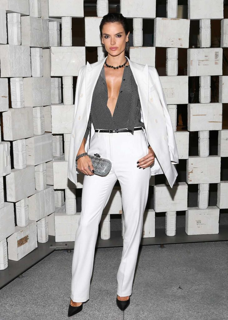 Alessandra Ambrosio at the Hammer Museum 14th Annual Gala in Westwood 10/08/2016-1