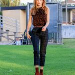 Bella Thorne Arrives at the Famous in Love Set in LA 10/18/2016-3