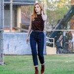 Bella Thorne Arrives at the Famous in Love Set in LA 10/18/2016-4