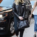 Elle Fanning Goes Shopping in New York City 10/07/2016-3